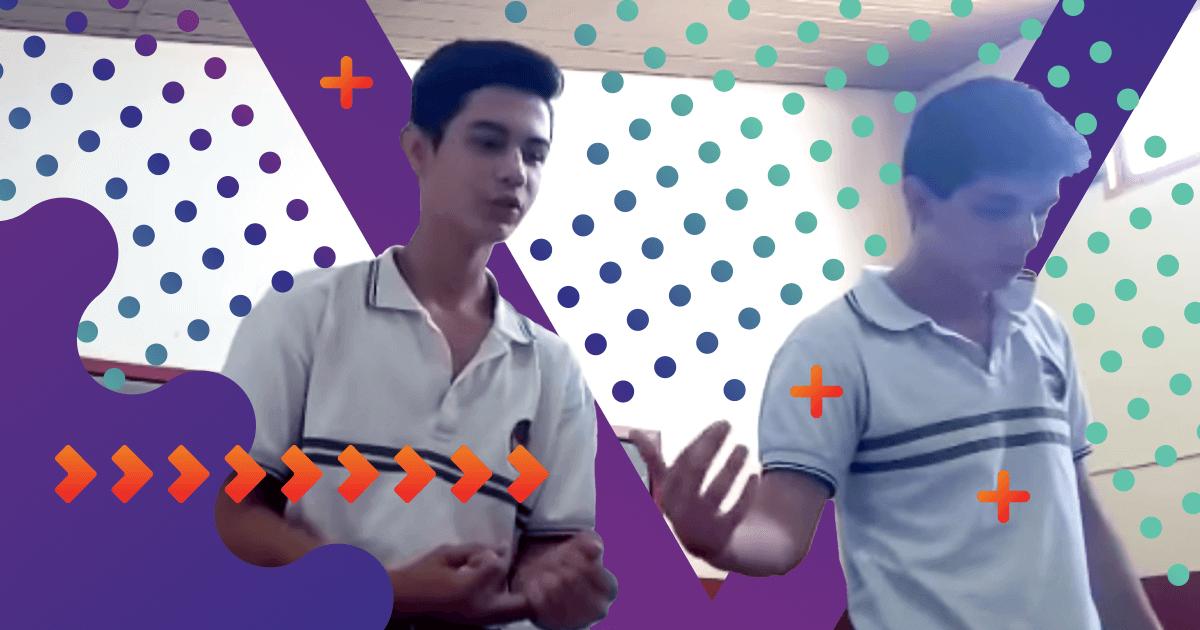 Dos alumnos rinden examen rapeando